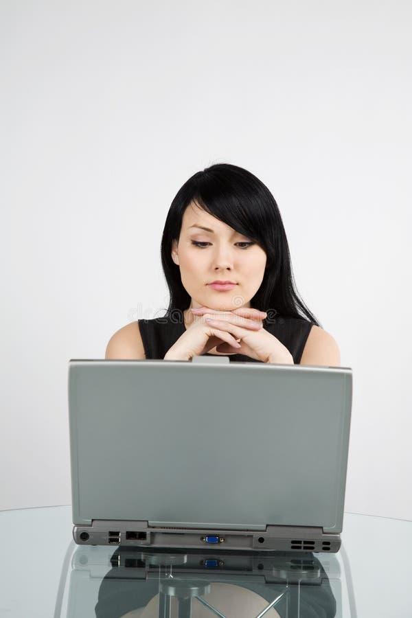 businesswoman working στοκ εικόνα με δικαίωμα ελεύθερης χρήσης