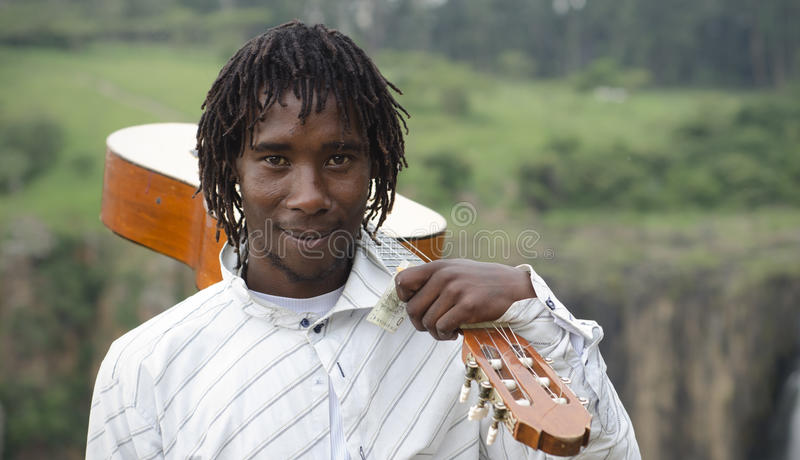 Busker africain images stock