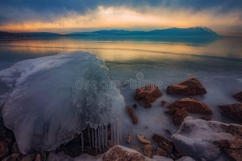 冻Busko湖 免版税库存图片