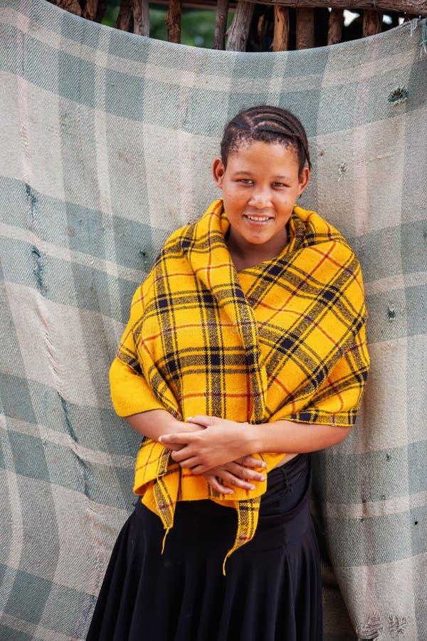 Busman, ung kvinna royaltyfria foton