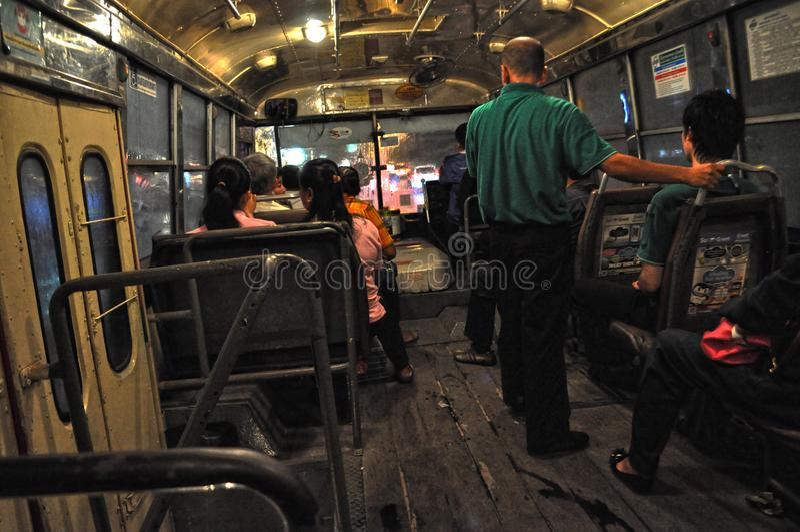 Buss i Bangkok, Thailand arkivfoto