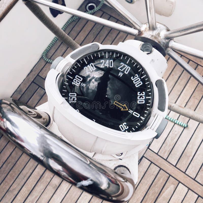 Bussola marina della barca all'yacht immagini stock