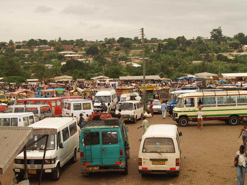 Bussstation, Ghana, Afrika arkivbilder