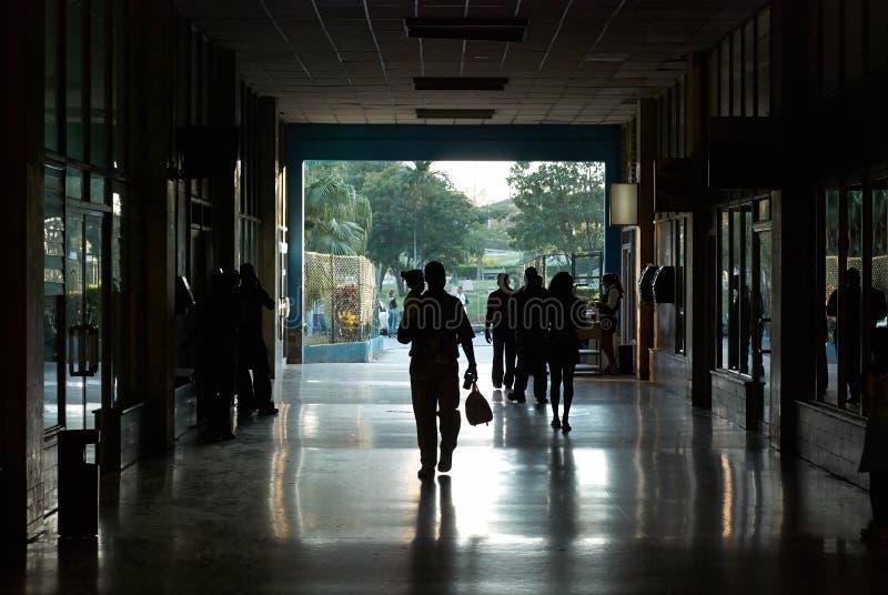 Bussstation i La Havana Cuba fotografering för bildbyråer
