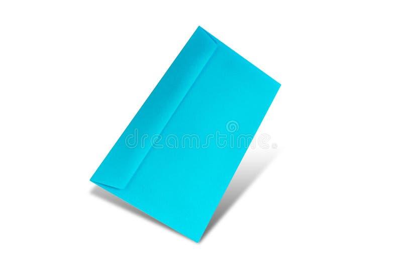 Busta blu su un fondo bianco con lo spazio della copia Modello posto piano per il giorno di biglietti di S. Valentino, fotografia stock libera da diritti