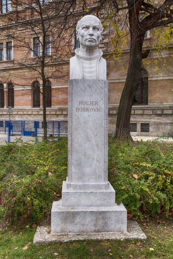 Buste de Rugjer Boskovic à Zagreb, Croatie photographie stock