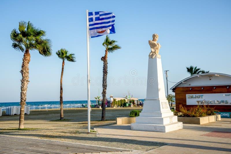 Buste du Général athénien Kimon à la plage de Finikoudes à Larnaca images libres de droits