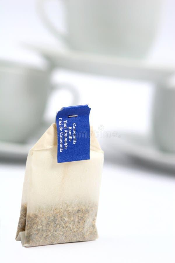 Bustina di tè della camomilla fotografie stock