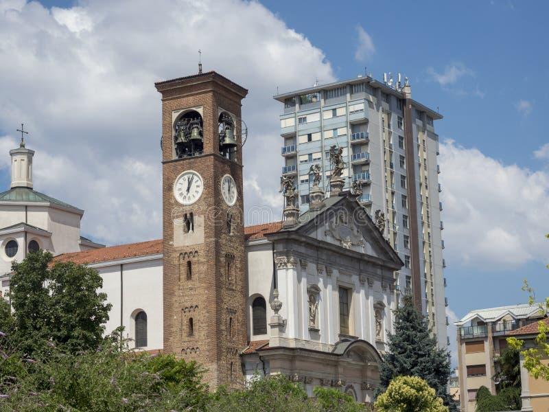 Busto Arsizio,意大利:圣米谢勒Arcangelo教会 库存图片
