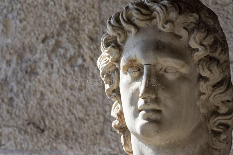 Busto de dios griego de la luz imágenes de archivo libres de regalías