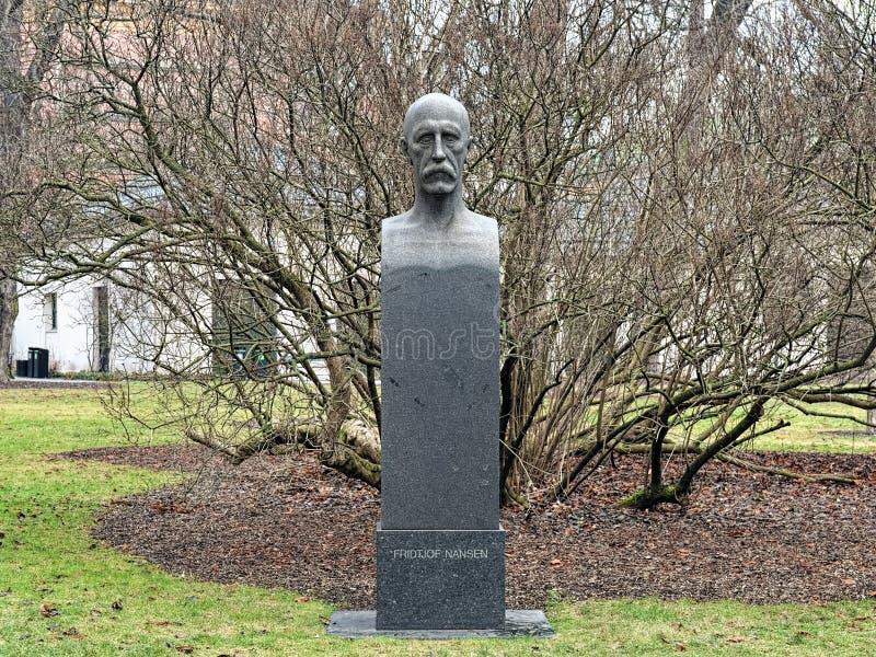 Busto de Fridtjof Nansen em Oslo, Noruega fotos de stock royalty free