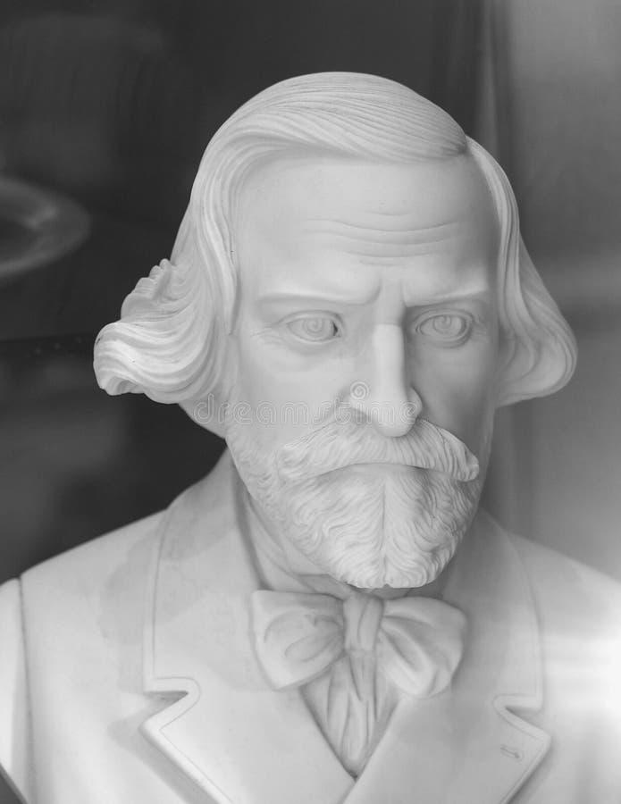Busto de Giuseppe Verdi en Milán fotos de archivo libres de regalías