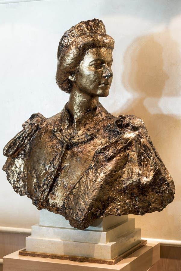 Busto de HM Queen Elizabeth II foto de archivo