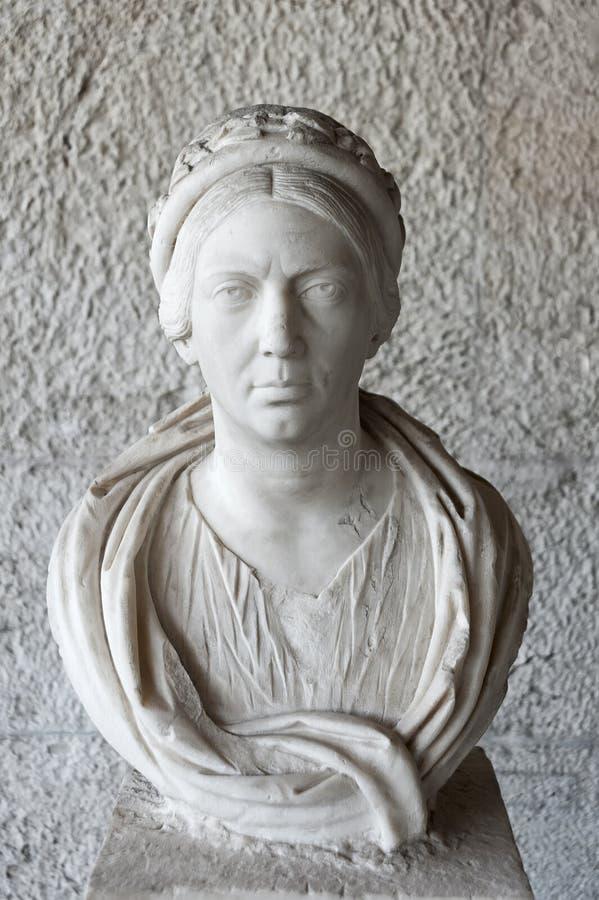 Busto de la mujer en Stoa de Attalos, el ágora antiguo, Atenas, Grecia imágenes de archivo libres de regalías