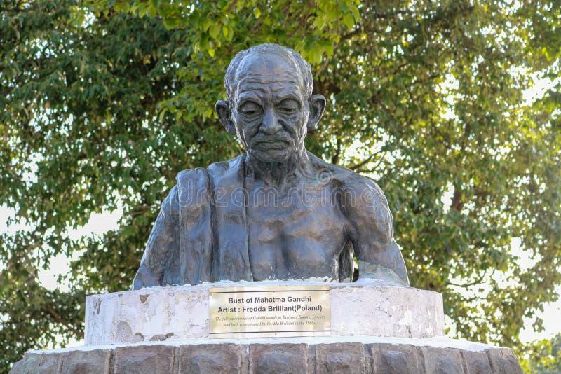 Busto di Mahatma Gandhi, Shimla, India immagine stock