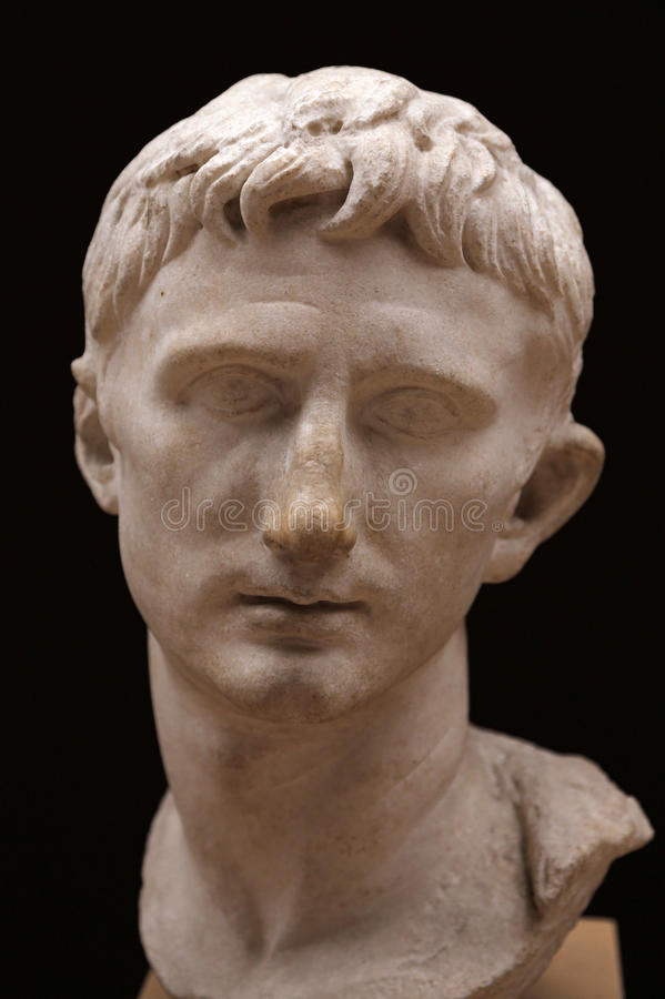 Busto do imperador Augustus imagens de stock