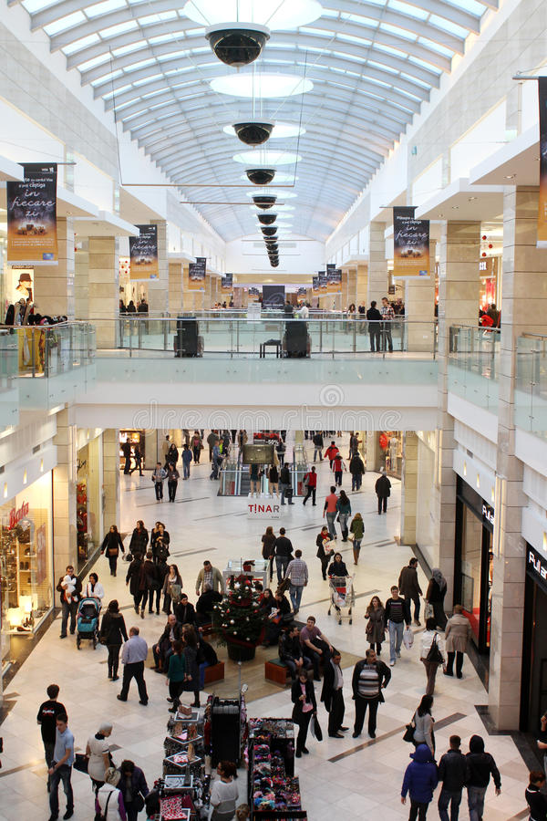 Busy mall royalty free stock photos