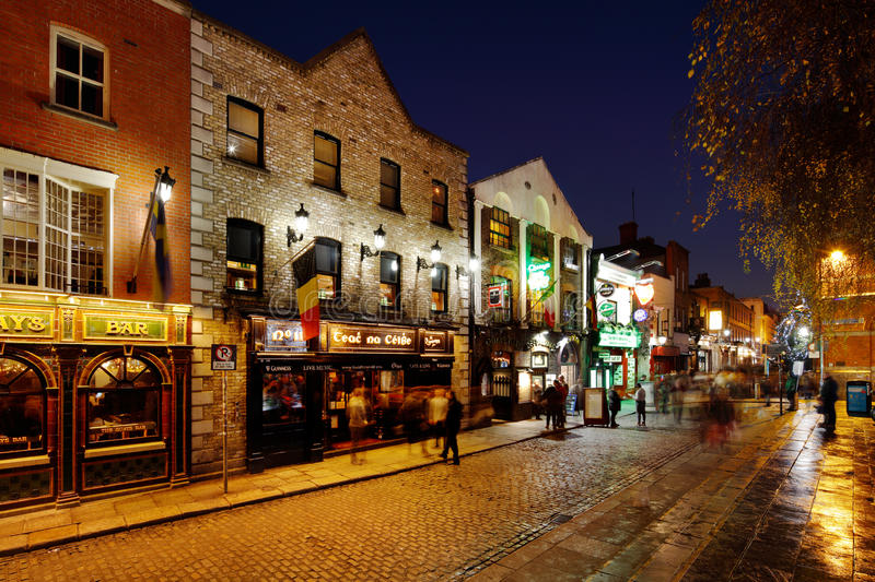 Download A Busy Nightlife Of The Temple Bar Area Of Dublin, Ireland Editorial Image - Image: 83704490