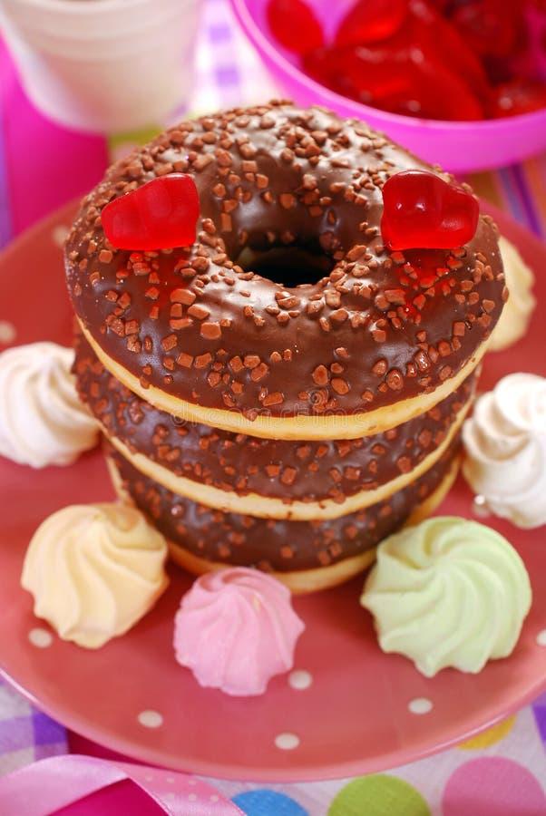 Butées toriques de chocolat pour la valentine photos stock