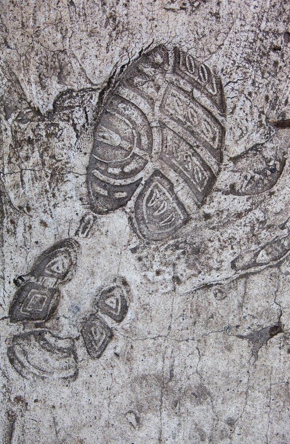 Buta druk wzmacniający na betonowej powierzchni zdjęcia stock