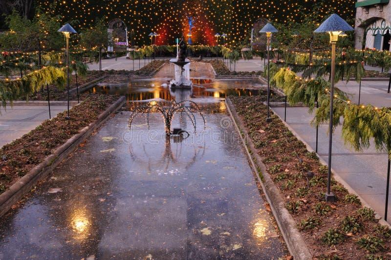 butchart圣诞节庭院光 免版税库存照片