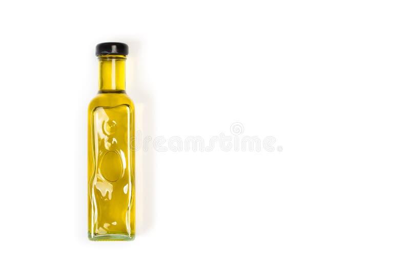 Butelka oliwy z oliwek na białym tle zdjęcie stock