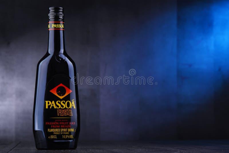 Butelka Passoa, owoc ajerkoniak obraz stock