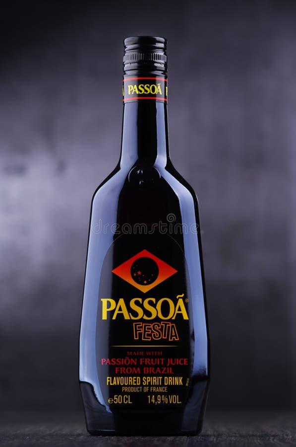 Butelka Passoa, owoc ajerkoniak fotografia royalty free