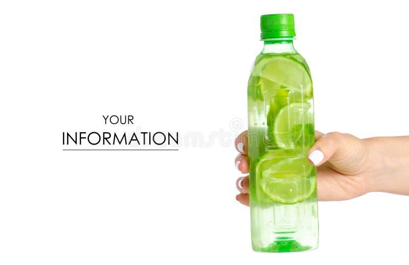 Butelka woda z wapnem w ręka wzorze obrazy royalty free