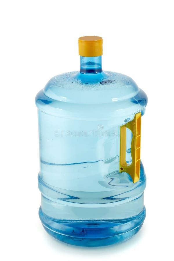 Butelka z pitną czystą wodą obraz stock