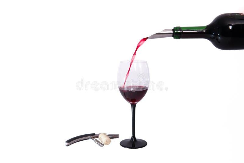 Butelki i szkła czerwone wino Corkscrew i butelki stopper na białym tle zdjęcie royalty free