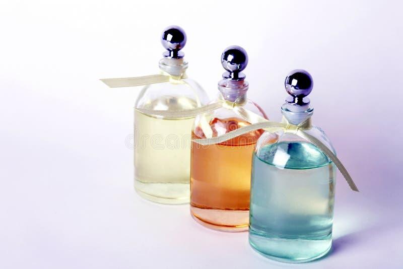 butelki jasnych odpowiednich olejów zdjęcie stock