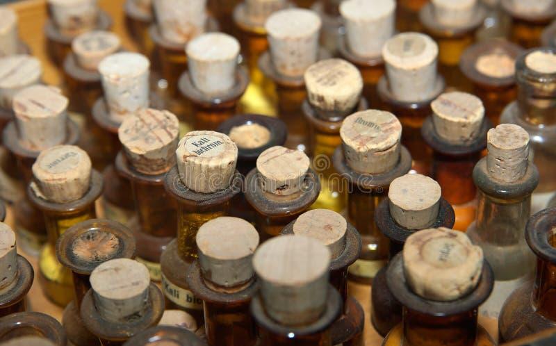 butelki lekarstwa starą obrazy royalty free