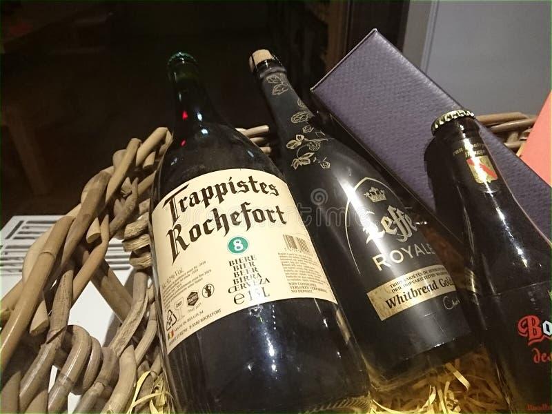 Butelki Trappistes Rochefort i Leffe piwo zdjęcie royalty free