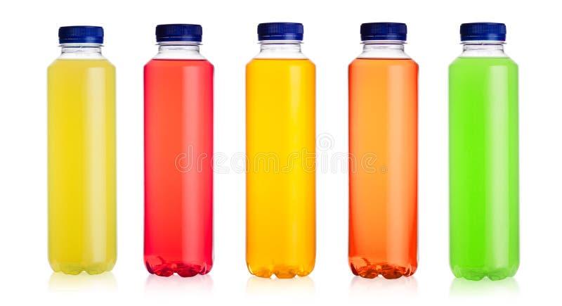 Butelki wodny zasilany energetyczny napój na bielu fotografia royalty free