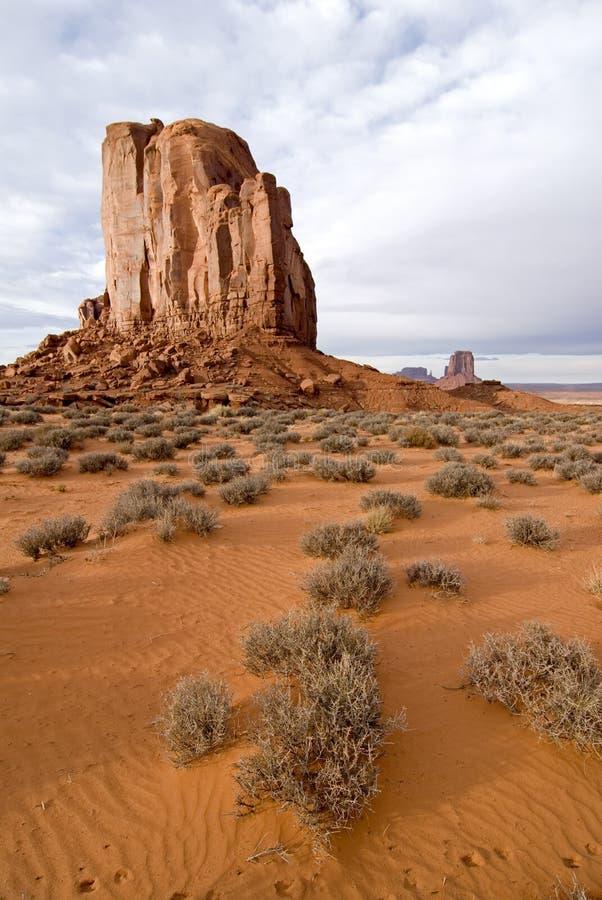 Butte de désert de vallée de monument image libre de droits