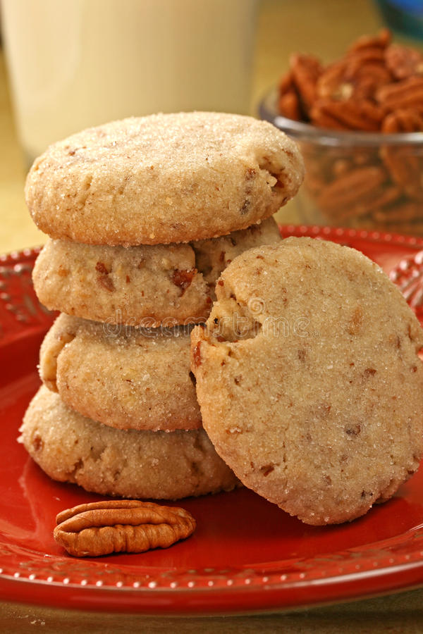 Free Butter Pecan Cookies Stock Photography - 22367242