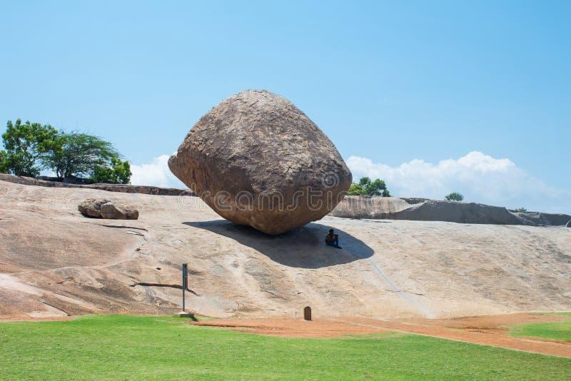 Butterball del ` s di Krishna, un'attrazione turistica popolare in Mahabalipuram, Tamil Nadu, India fotografia stock