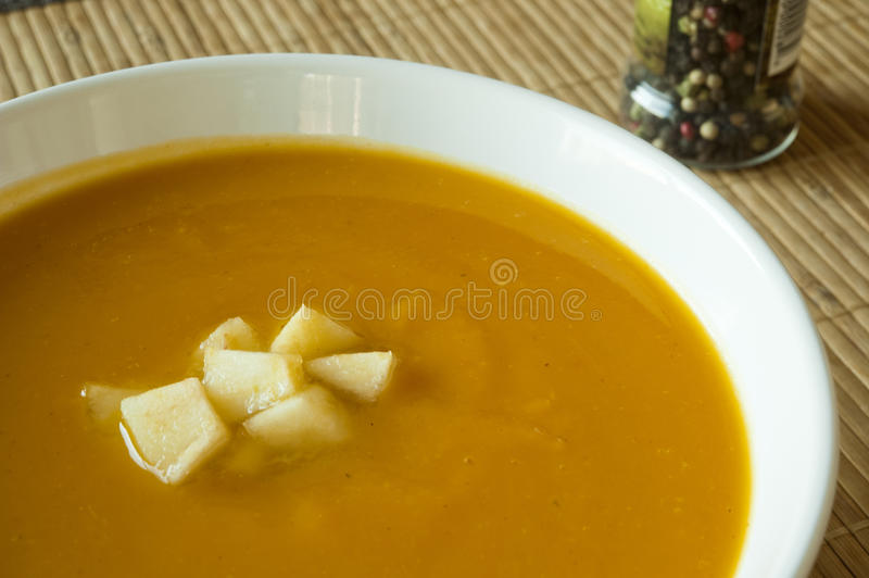 Download Butternut Squash, Apple And Ginger Soup Royalty Free Stock Images - Image: 17643599