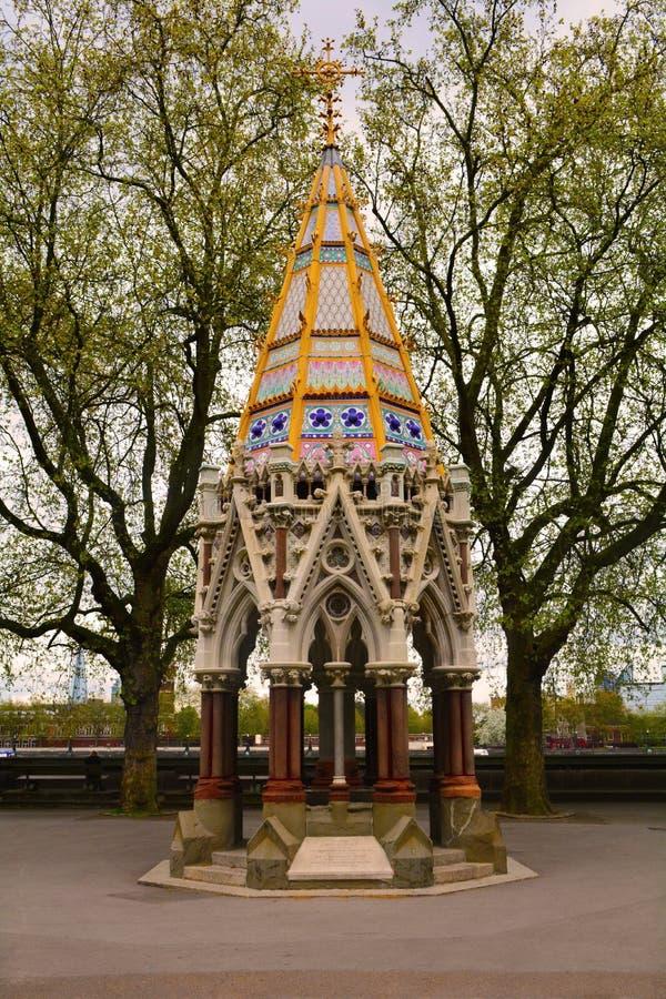 Buxton Memorial Fountain in Victoria Tower Gardens, Londen, het Verenigd Koninkrijk stock foto's