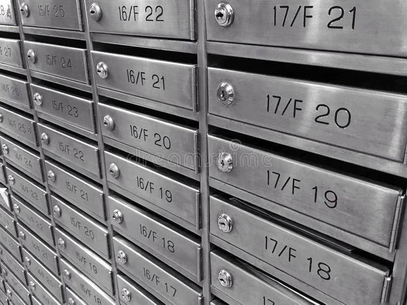 Buzón del metal imagenes de archivo