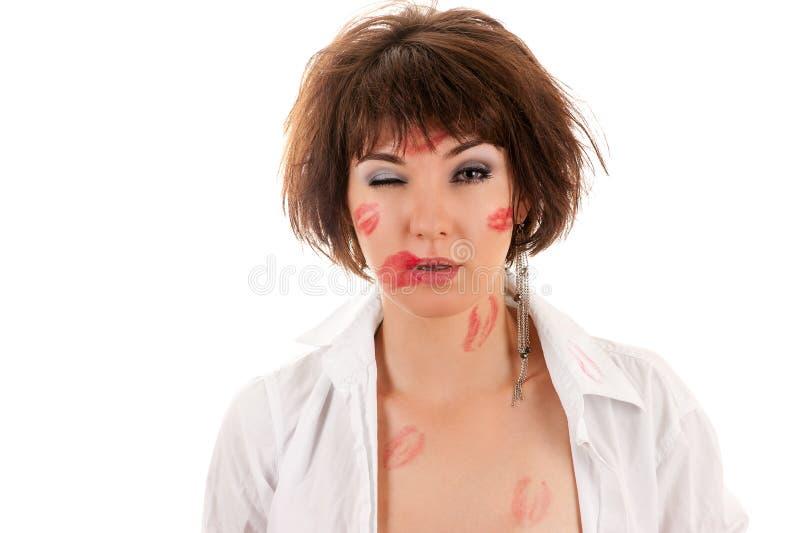 Buziak chmielna kobieta w koszula obraz royalty free