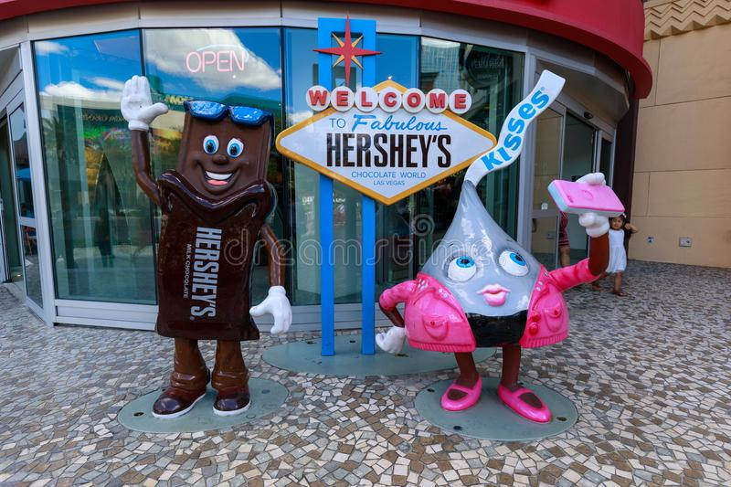 Buziaki robią zakupy przy Nowym nowym Jork hotelem i kasynem, Las Vegas pasek w raju, Nevada, Stany Zjednoczone fotografia royalty free