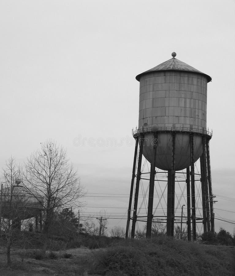 BW-water-tower-NC.jpg fotografía de archivo