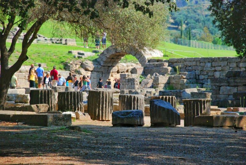 Byggande återstår på den forntida Olympia arkeologiska platsen i Grekland royaltyfria bilder