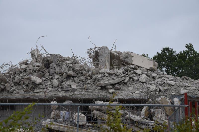 Byggande demoleras arkivbild