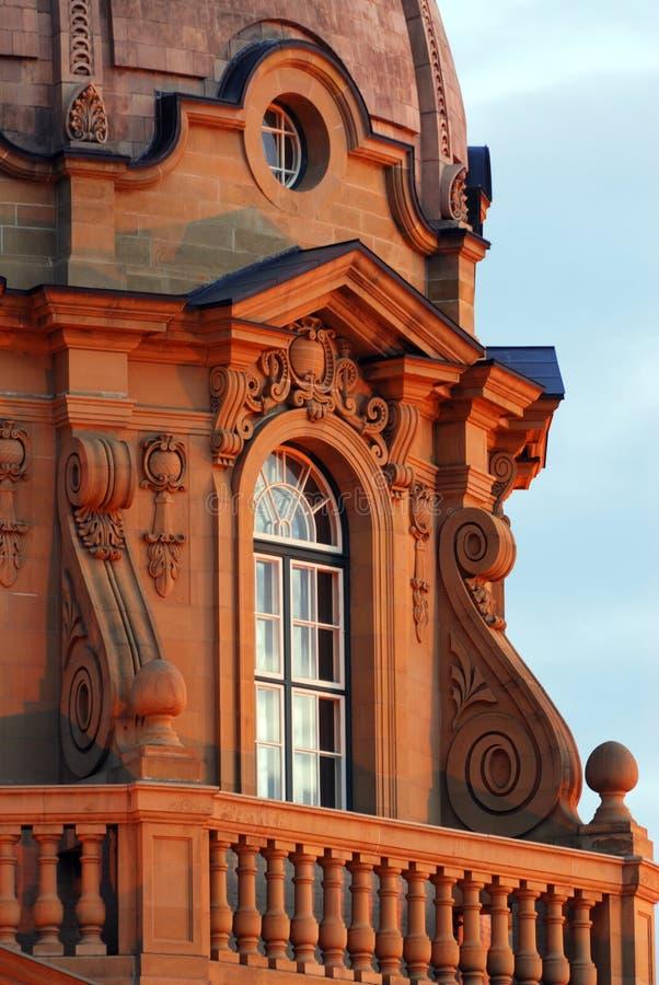 byggande lagstiftnings- solnedgång royaltyfri bild