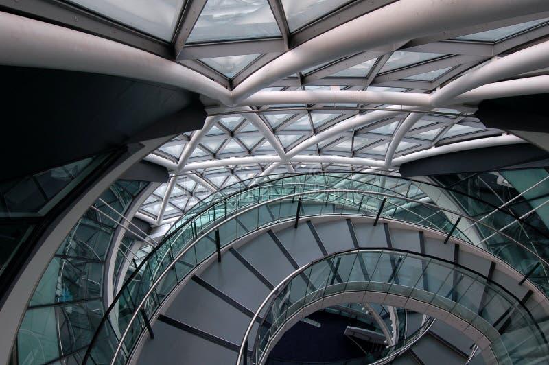 byggande modern trappuppgång fotografering för bildbyråer