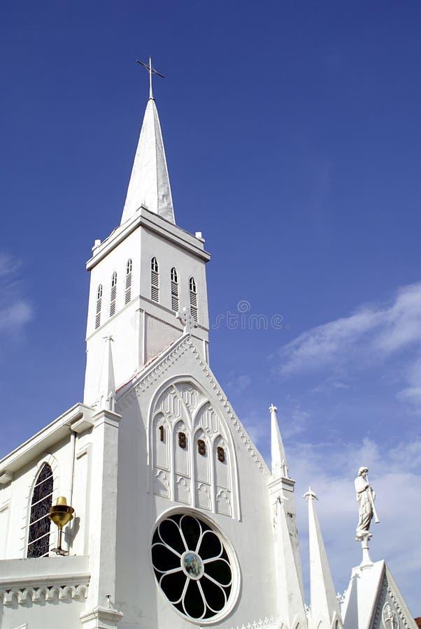 byggande sky för kyrka ii royaltyfri foto
