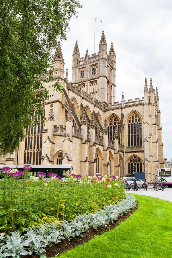 byggd abbeybadbyggnad färgade använda för england historiskt honungsten Bad Somerset, England arkivfoton